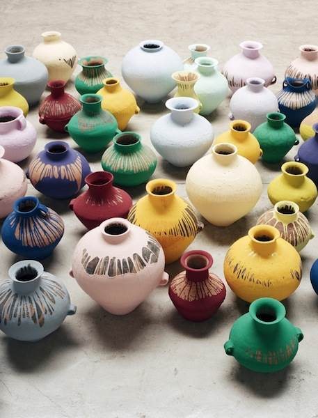 Ai Weiwei, Coloured vases