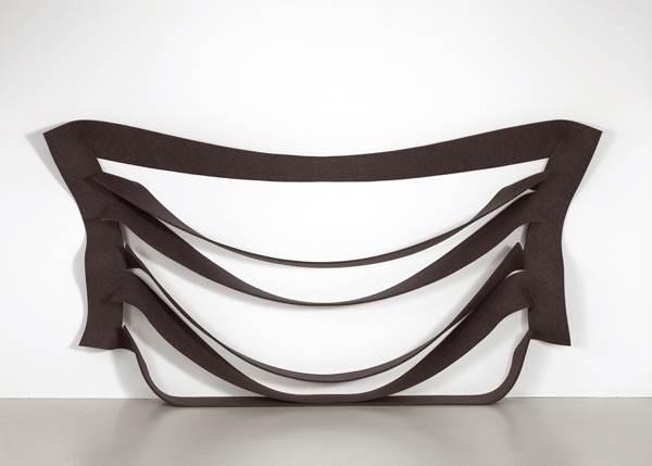 Less is more minimal and post minimal art in australia for Art post minimalisme
