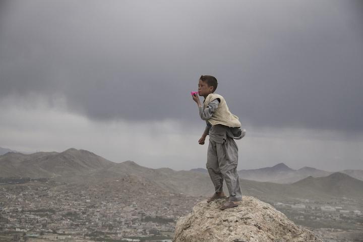 Aziz Hazara, Bow Echo